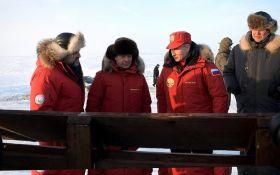 Путин с Медведевым в Арктике стали героями шуток и фотожаб
