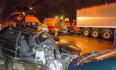 У Болгарії сталося жахливе ДТП. Є жертви (2)