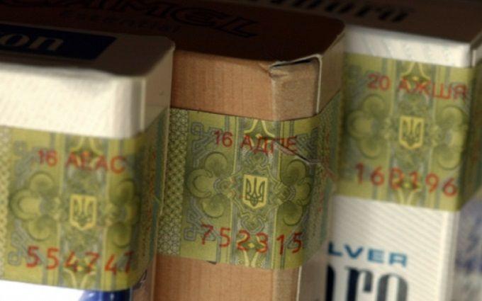 Кабмін затвердив нові акцизні марки для алкоголю і тютюну