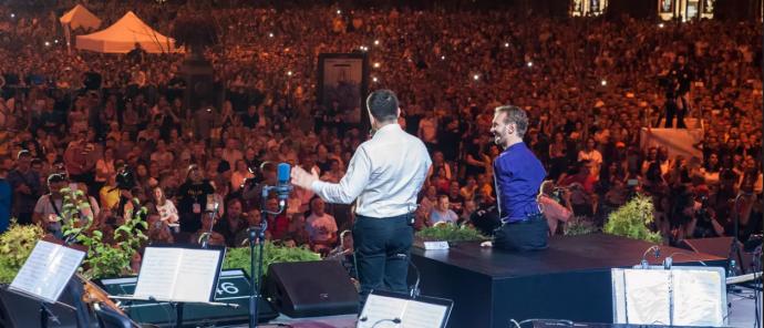 Ник Вуйчич вместе с сотнями тысяч украинцев на Крещатике отпраздновал День благодарения! (4)