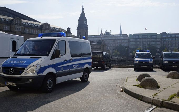 ВГермании неизвестный устроил жестокую расправу над 2-мя медиками