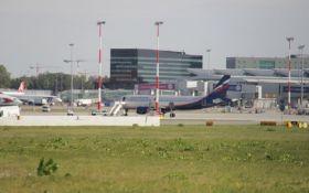 Пасажирський літак із Росії зіткнувся з польським лайнером: опубліковані фото