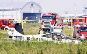 У Польщі розбився український літак з депутатом на борту: опубліковані фото з місця аварії