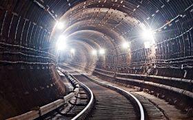 В КГГА сообщили, что строительство метро на Троещину могут начать уже в следующем году