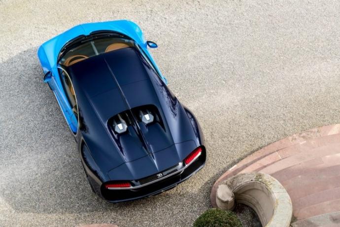 Представлена замена Bugatti Veyron (10)