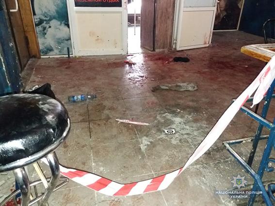 У Сумах прогримів потужний вибух в нічному клубі: з'явилося відео з моментом вибуху гранати і фото затриманого (2)