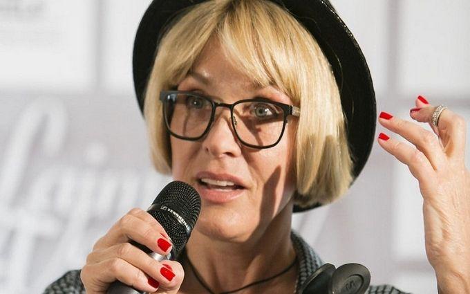 Відома співачка скасувала концерт в Україні через перенесену операцію