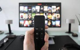 Что посмотреть на карантине: интересные фильмы и сериалы для взрослых и детей