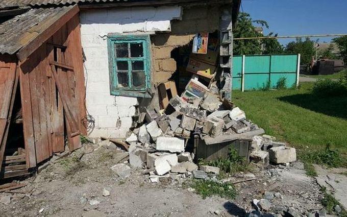 Обстріли на Донбасі: з'явилися нові фото наслідків