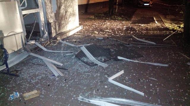 В Киеве прогремел мощный взрыв: опубликованы первые фото с места ЧП (3)