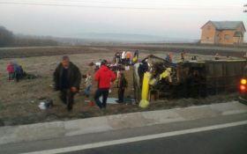 Смертельна аварія з іноземцями на Львівщині: з'явилися нові подробиці і відео