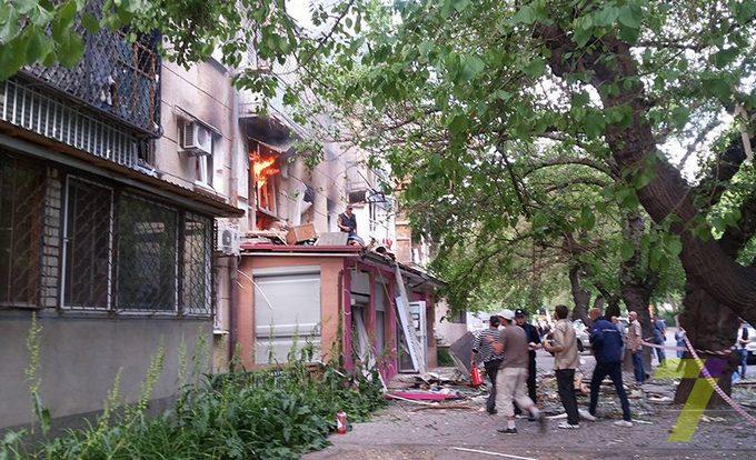 В одеській п'ятиповерхівці прогримів вибух, є загиблий: з'явилися фото (1)