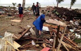 На Індонезію обрушилося цунамі, понад 160 людей загинули: опубліковані моторошні фото і відео