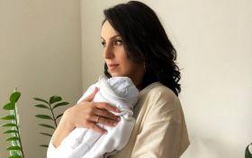 Мама без фотошопу: Джамала порадувала новим ніжним фото з маленьким сином