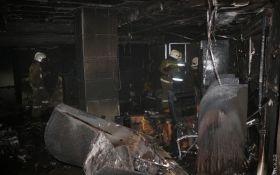 В Одесі коктейлями Молотова підпалили торговий центр, є постраждалі: з'явилися фото