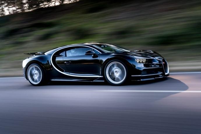 Представлена замена Bugatti Veyron (6)