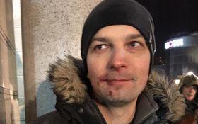 Убили депутата, а он довольный: в сети высмеяли фото после стычек в Киеве
