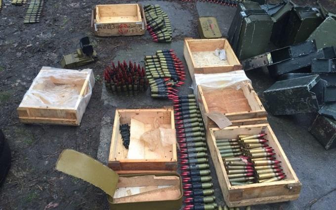 ГПУ изъяла в зоне АТО крупнейший арсенал оружия - опубликованы фото