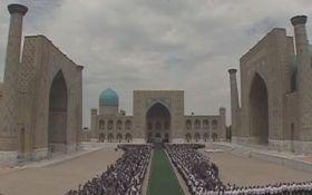 Карімова поховали за мусульманскими звичаями: опубліковані відео