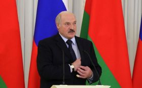 ЗМІ: Лукашенка терміново забрали до лікарні