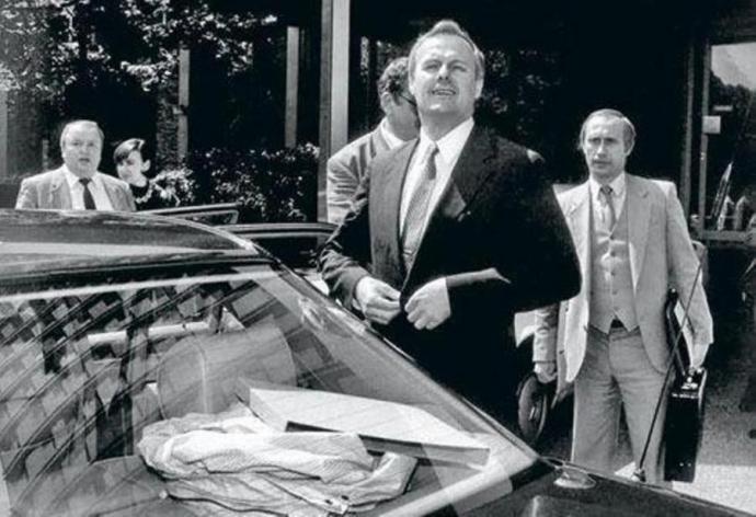 Путін позбувається друзів, які пам'ятають, як він носив валізи - російський журналіст (1)