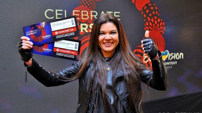 Эстрадная певица Руслана призывает покупать билеты на«Евровидение» наукраинском