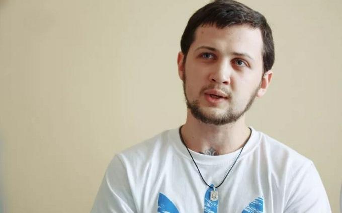 Спочатку просто били: Афанасьєв детально розповів про тортури в путінській тюрмі