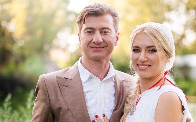 Три медових дні: українська співачка похвалилася фото з Німеччини