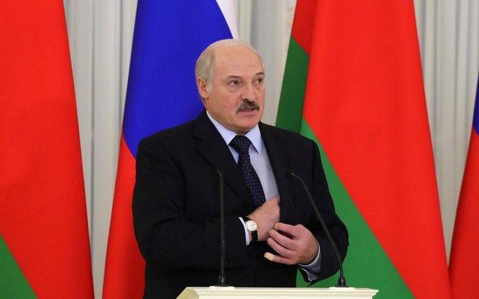 Лукашенко серйозно боїться сценарію поглинання: політолог про приєднання Білорусі до Росії