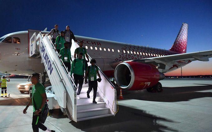 У Росії загорівся літак зі збірною Саудівської Аравії, яка летіла на матч ЧС-2018: з'явилося відео