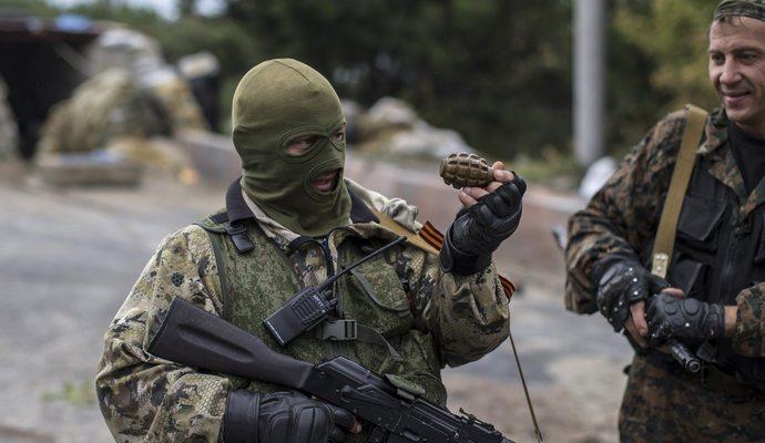 Боевики на Донбассе стреляют среди гражданских - разведка