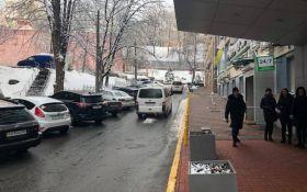 Саакашвілі затримали в одному з ресторанів Києва: з'явилися відео