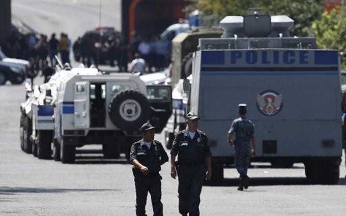 Збройне захоплення в Вірменії: стало відомо про важливу подію