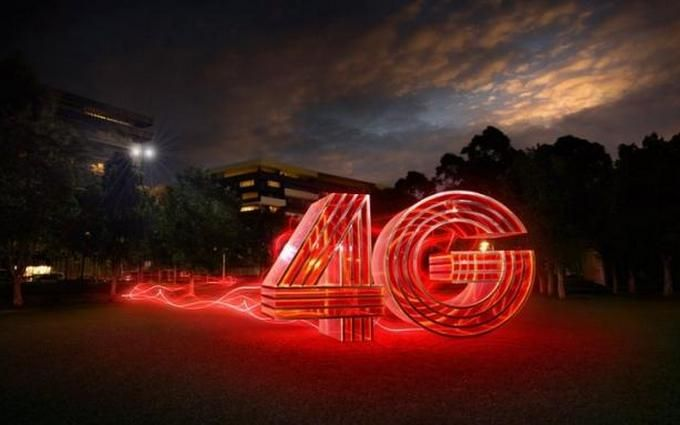 Популярный мобильный оператор повысил тарифы после запуска 4G: названы цифры