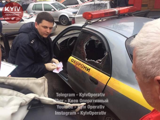 Нападение на инкасаторов в Киеве: появились новые фото и видео с места события (1)