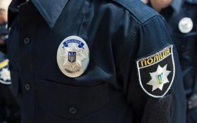 В Борисполе нашли документацию, похищенную у госслужащих на вокзале в Киеве