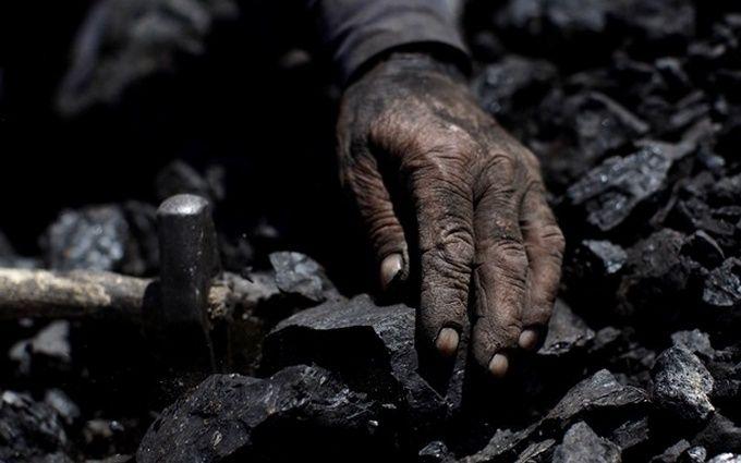 У Гройсмана зробили важливу заяву щодо вугілля з окупованого Донбасу