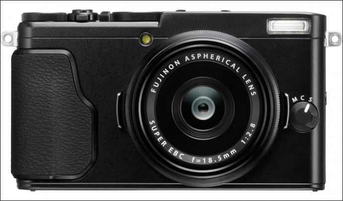 Компанія Fujifilm представила фотокомпакт X70 (5 фото)