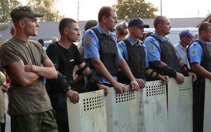 У Полтавській області влаштували масштабну бійку через свиней: з'явилися фото і відео