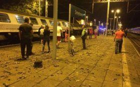В Польше произошло столкновение двух поездов, много пострадавших: появились фото и видео