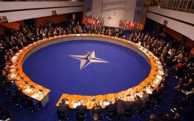 Угорщина офіційно ініціювала перегляд всіх програм підтримки України в НАТО