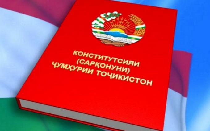 А Путін чого тягне: соцмережі обговорюють рішення глави Таджикистану правити довічно