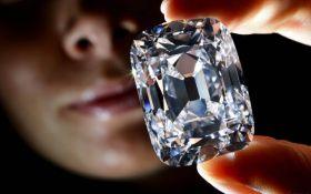 В ЮАР нашли один из крупнейших алмазов в мире: опубликовано фото