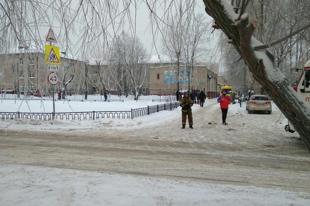 Кровавая резня в российской школе, много пострадавших: появились фото и видео (1)