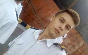Раненый на Азове моряк впервые вышел на связь - появились подробности
