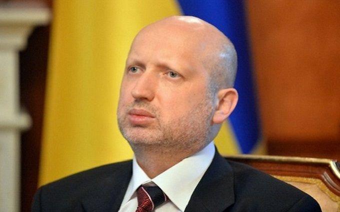 Кримське загострення: Турчинов пообіцяв Росії невеселе майбутнє