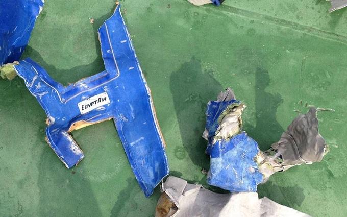 Катастрофа літака EgyptAir: в справі з'явилася сумна знахідка