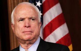 Путін використав соцмедіа для задоволення своїх неоімперських амбіцій, - Маккейн