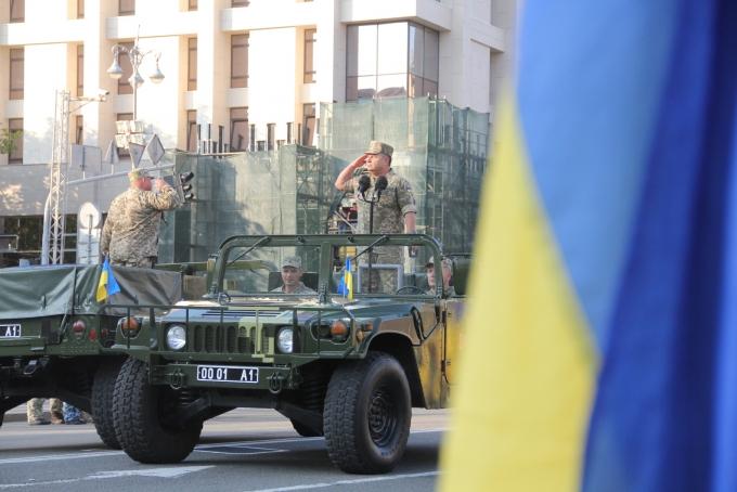 Ракеты, танки и авиация: опубликованы зрелищные фото и видео репетиции парада в Киеве (2)