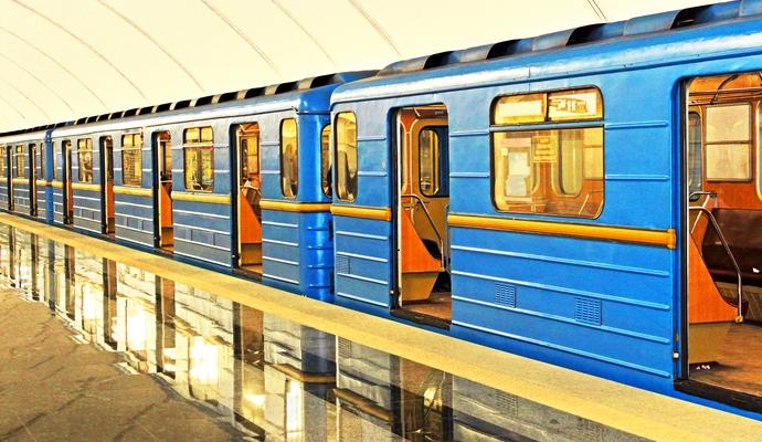 В ночь Рождества в Киеве метро будет работать в обычном режиме